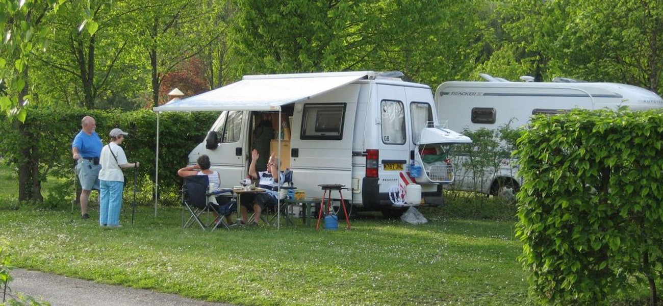 Emplacement Camping 2-8 personnes